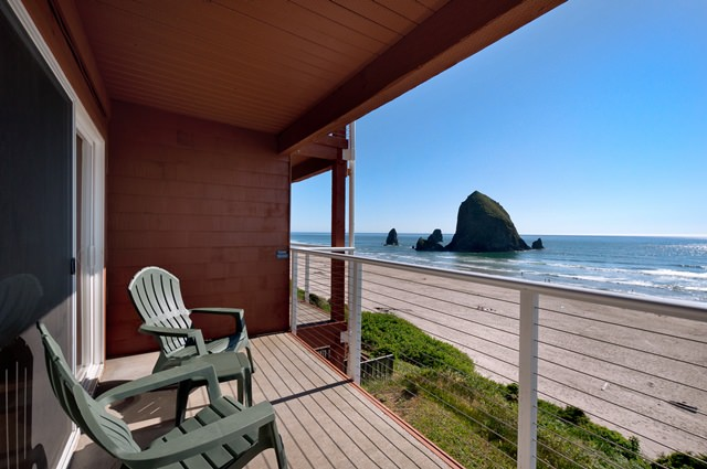 Beginning Traditions At The Hallmark Resort Spa In Cannon Beach Oregon